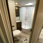 The 29VBUD bathroom has an awesome walk-in shower and space to store toiletries/towels. May Show Optional Features. Features and Options Subject to Change Without Notice.