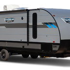 Salem Cruise Lite travel trailers are light weight and low profile. May Show Optional Features. Features and Options Subject to Change Without Notice.