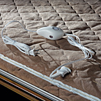 Heated Mattress (Std. Opt. NA A214HW) May Show Optional Features. Features and Options Subject to Change Without Notice.